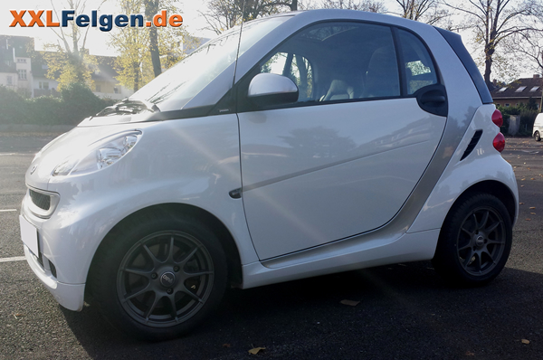 mcc smart fortwo coupe 451 mit 15 dbv bali felgen. Black Bedroom Furniture Sets. Home Design Ideas