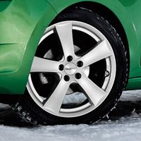 DEZENT TX Felgen in silber mit Reifen