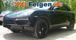 Porsche Cayenne mit DBV Mauritius black 20 Zoll Felgen