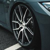 DOTZ Misano dark Felgen und Reifen als Kompletträder