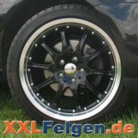 Schwarze DBV Australia Felgen mit Reifen als Kompletträder