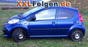Peugeot 107 mit 15 Zoll DBV Florida Felgen schwarz
